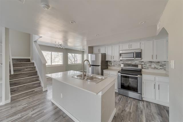 2 Bedrooms, Northeast Dallas Rental in Dallas for $1,400 - Photo 1