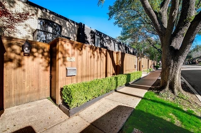 2 Bedrooms, Northwest Dallas Rental in Dallas for $1,850 - Photo 1