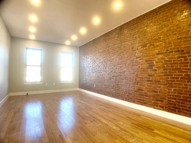 3 Bedrooms, Inwood Rental in NYC for $2,285 - Photo 1