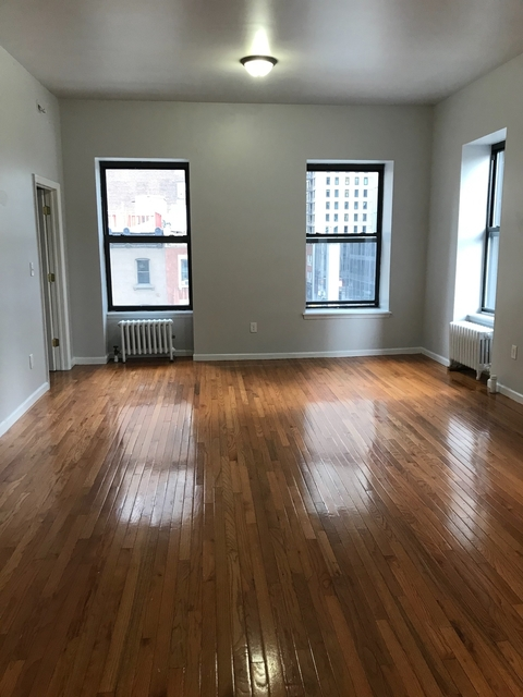 6 Bedrooms, Hell's Kitchen Rental in NYC for $6,900 - Photo 1