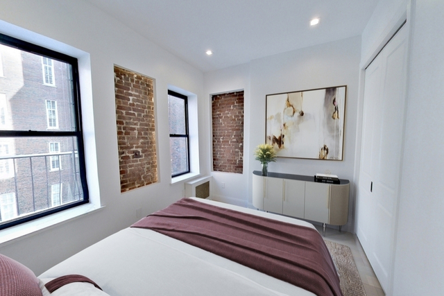 3 Bedrooms, Alphabet City Rental in NYC for $4,125 - Photo 1