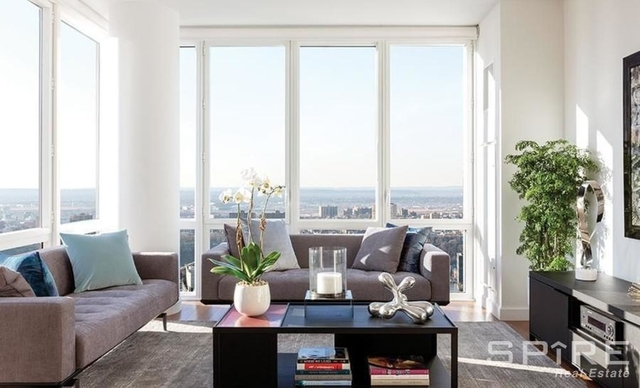 2 Bedrooms, Lincoln Square Rental in NYC for $9,375 - Photo 1