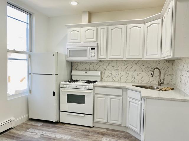 2 Bedrooms, Bushwick Rental in NYC for $2,147 - Photo 1