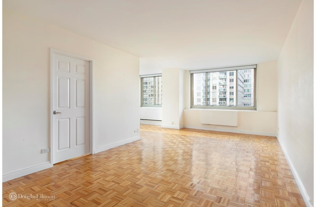 2 Bedrooms, Lincoln Square Rental in NYC for $5,200 - Photo 1