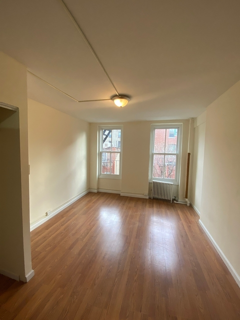 1 Bedroom, West Village Rental in NYC for $2,400 - Photo 1