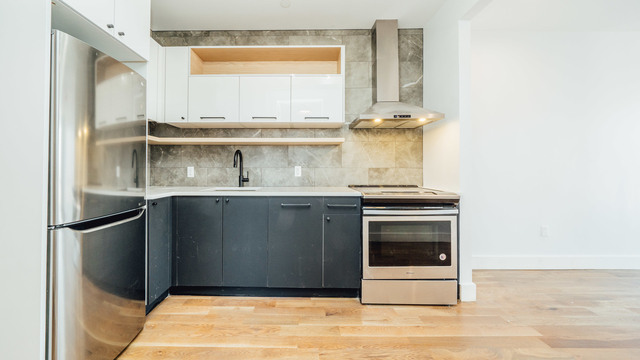 3 Bedrooms, Crown Heights Rental in NYC for $3,025 - Photo 1