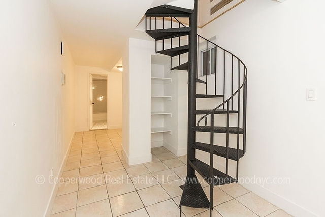 2 Bedrooms, Yorkville Rental in NYC for $2,704 - Photo 1