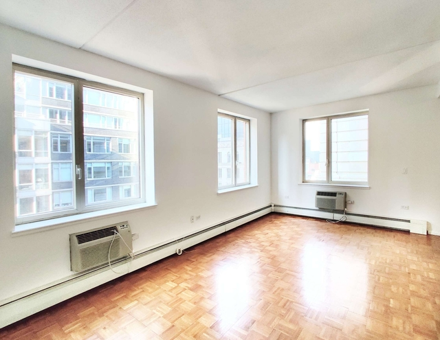 1 Bedroom, Civic Center Rental in NYC for $2,650 - Photo 1
