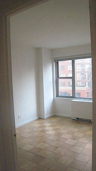 2 Bedrooms, Upper East Side Rental in NYC for $2,680 - Photo 1