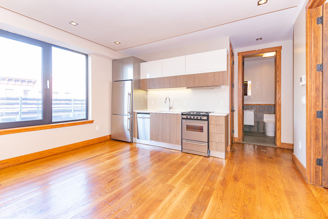 2 Bedrooms, Bedford-Stuyvesant Rental in NYC for $2,400 - Photo 1