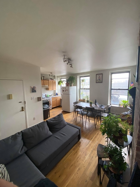 Room, Williamsburg Rental in NYC for $1,200 - Photo 1