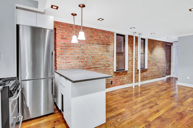 3 Bedrooms, Little Italy Rental in NYC for $2,695 - Photo 1