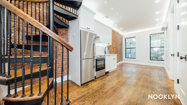 2 Bedrooms, Brooklyn Heights Rental in NYC for $3,600 - Photo 1