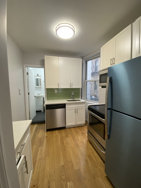 2 Bedrooms, Flatbush Rental in NYC for $2,000 - Photo 1
