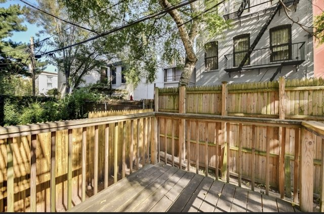 2 Bedrooms, South Slope Rental in NYC for $2,400 - Photo 1