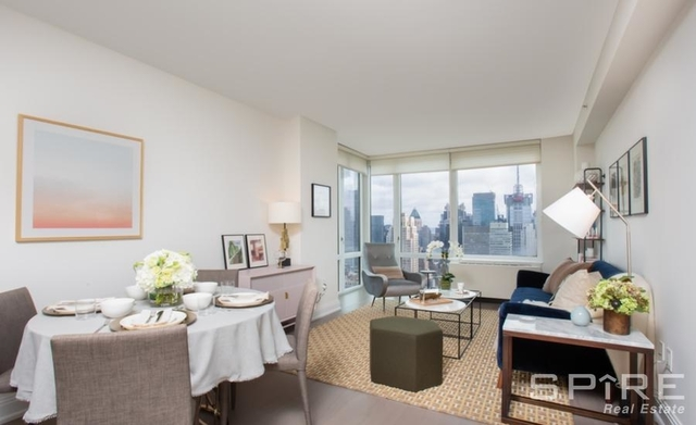 2 Bedrooms, Chelsea Rental in NYC for $5,996 - Photo 1
