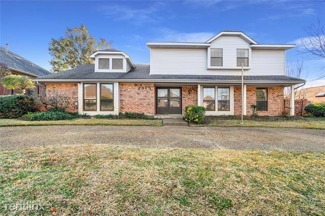 4 Bedrooms, Club Hill Estates Rental in Dallas for $2,720 - Photo 1