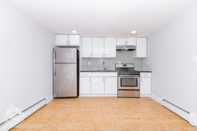 3 Bedrooms, Ocean Hill Rental in NYC for $2,099 - Photo 1