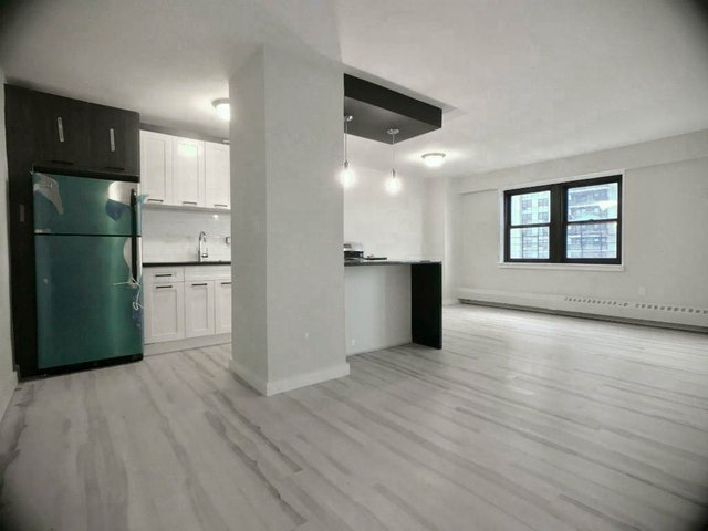 2 Bedrooms, Washington Heights Rental in NYC for $2,261 - Photo 1