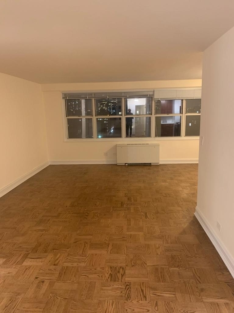 2 Bedrooms, Theater District Rental in NYC for $4,813 - Photo 1