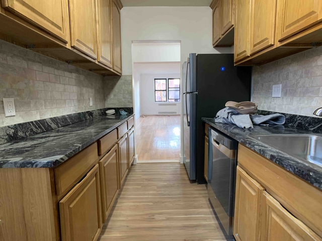 2 Bedrooms, Jackson Heights Rental in NYC for $2,363 - Photo 1