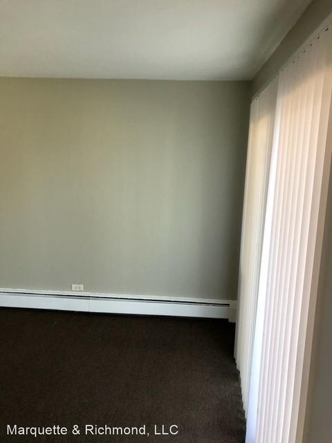 1 Bedroom, Calumet Park Rental in Chicago, IL for $775 - Photo 1