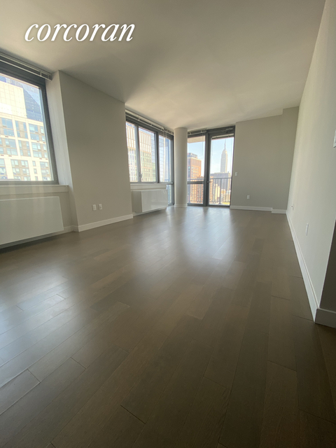 2 Bedrooms, Chelsea Rental in NYC for $6,420 - Photo 1