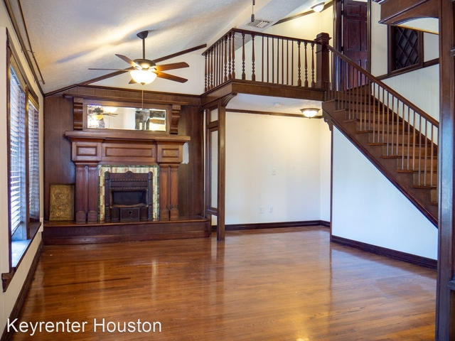 2 Bedrooms, Montrose Rental in Houston for $2,200 - Photo 1