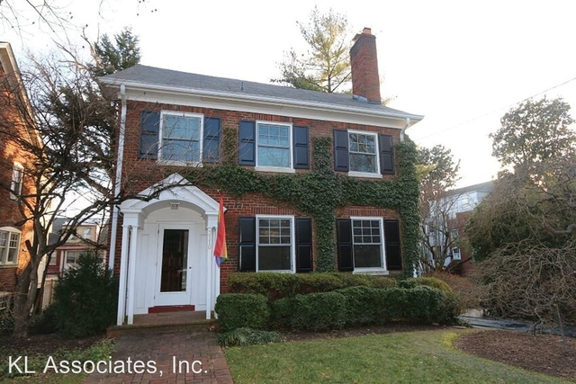 5 Bedrooms, Woodley Park Rental in Washington, DC for $7,500 - Photo 1