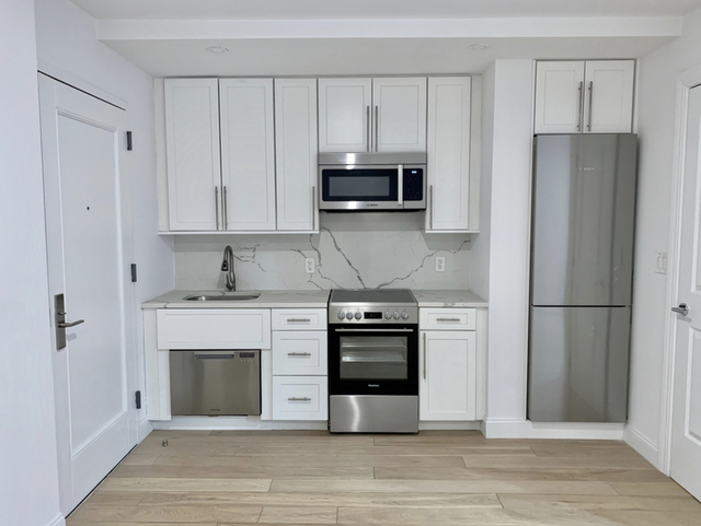 Studio, Turtle Bay Rental in NYC for $2,043 - Photo 1
