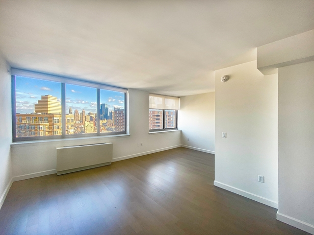 Studio, Hell's Kitchen Rental in NYC for $2,300 - Photo 1