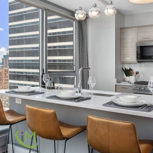 2 Bedrooms, Fulton River District Rental in Chicago, IL for $2,325 - Photo 1
