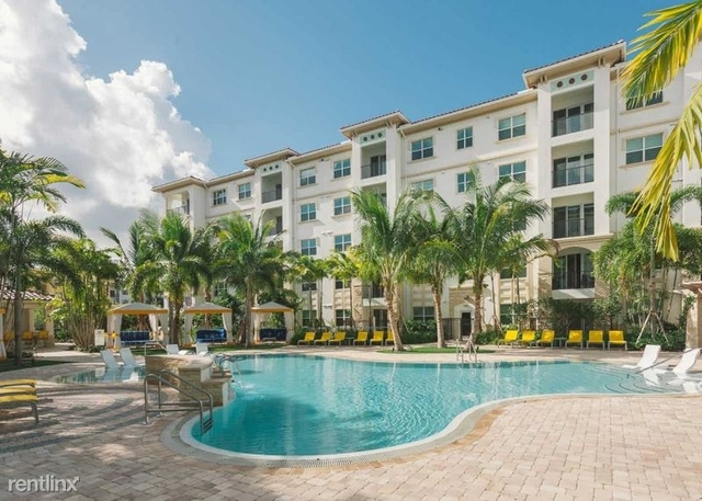 2 Bedrooms, Sawgrass Lakes Rental in Miami, FL for $2,169 - Photo 1