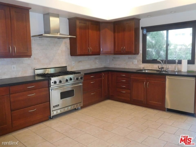 2 Bedrooms, Venice Beach Rental in Los Angeles, CA for $5,995 - Photo 1