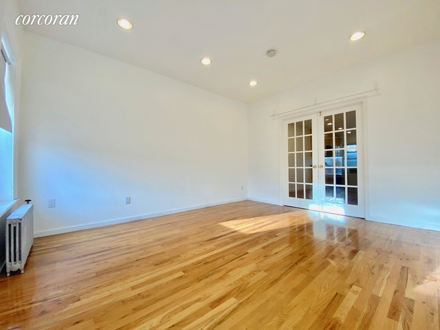 2 Bedrooms, Carroll Gardens Rental in NYC for $2,295 - Photo 1