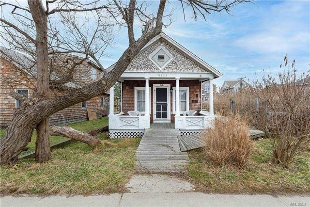 4 Bedrooms, Ocean Beach Rental in Long Island, NY for $4,000 - Photo 1