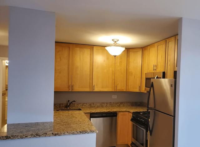 3 Bedrooms, Pelham Parkway Rental in NYC for $2,895 - Photo 1