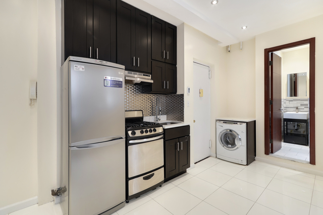 3 Bedrooms, Manhattan Valley Rental in NYC for $2,100 - Photo 1