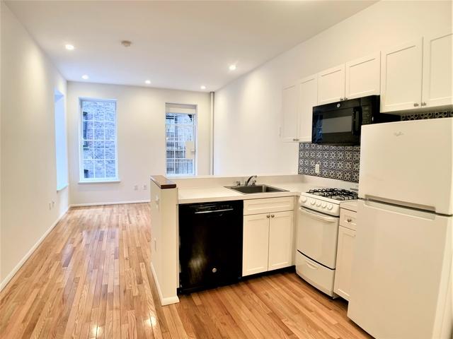 Studio, Yorkville Rental in NYC for $1,495 - Photo 1