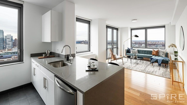 2 Bedrooms, Hell's Kitchen Rental in NYC for $3,487 - Photo 1