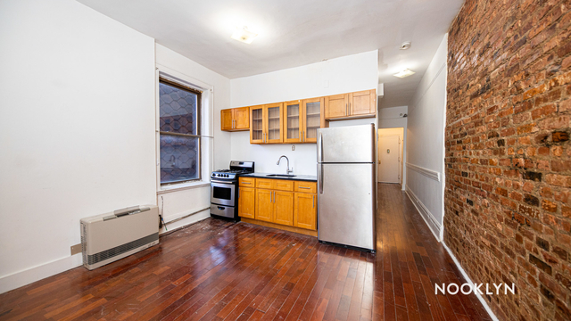 2 Bedrooms, Bushwick Rental in NYC for $1,900 - Photo 1