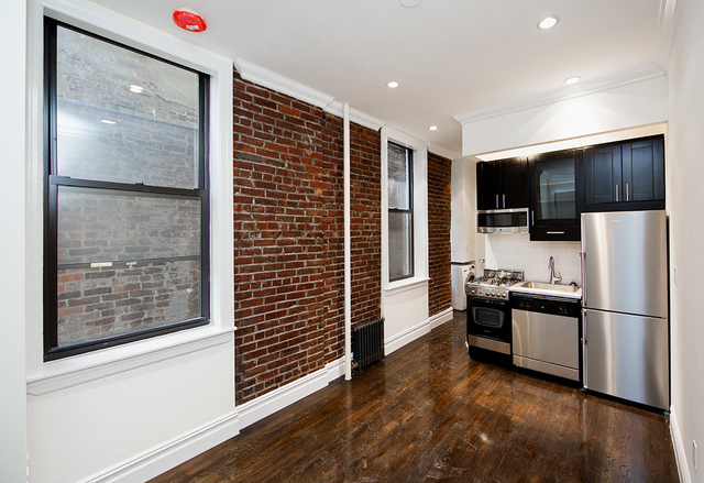 2 Bedrooms, East Village Rental in NYC for $3,050 - Photo 1