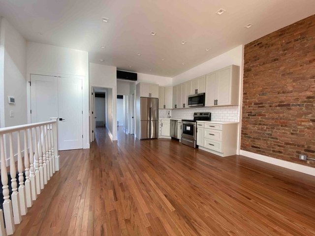 4 Bedrooms, Ridgewood Rental in NYC for $3,300 - Photo 1