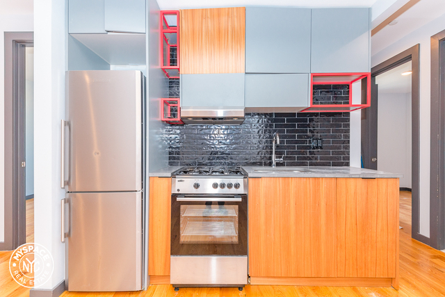 3 Bedrooms, Williamsburg Rental in NYC for $3,602 - Photo 1