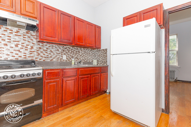 2 Bedrooms, Bushwick Rental in NYC for $1,925 - Photo 1