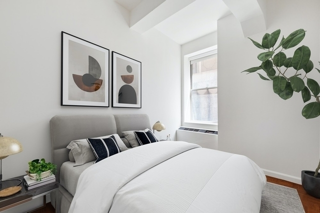 Studio, Financial District Rental in NYC for $5,300 - Photo 1