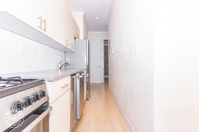 3 Bedrooms, Bushwick Rental in NYC for $2,383 - Photo 1