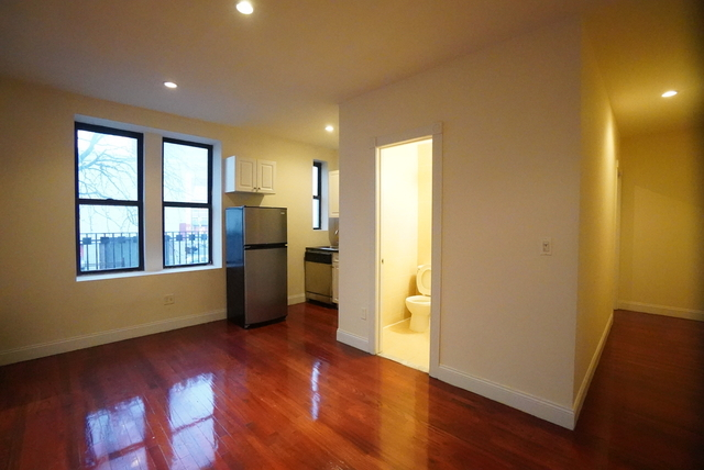 3 Bedrooms, North Slope Rental in NYC for $3,100 - Photo 1