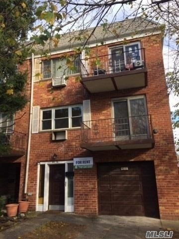 3 Bedrooms, Maspeth Rental in NYC for $2,250 - Photo 1