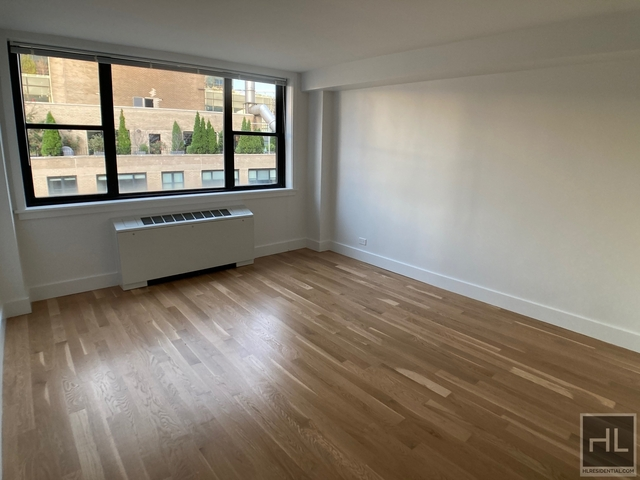 3 Bedrooms, Hell's Kitchen Rental in NYC for $7,550 - Photo 1
